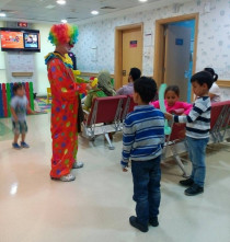 Event Services UAE / Clown Balloon Bender Artist Services / Birthdays and Events