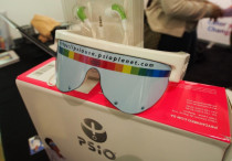 PSiO Mind Booster glasses sends you on an audiovisual stimulation