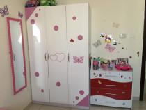 Baby's Bedroom Set