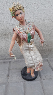 Indian statue