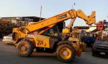 Good condition cranes & boomloaders for sale