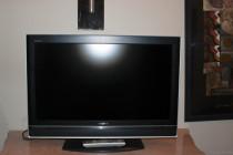 """Sony Bravia 20"""" TV"""