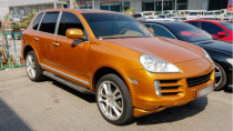 2009 Porsche Cayenne with GTS kit Available for Sale in Abu Dhabi