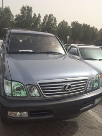 Very clean Lexus Lx470 2001