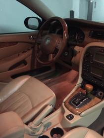 Jaguar car 2006