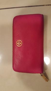 Genuine Tory Burch Ladies Leather Wallet