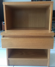 2 x bedside tables/nightstands for sale
