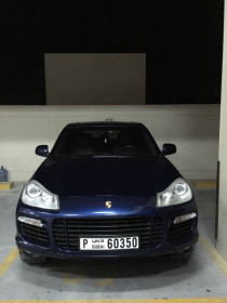 Porsche Cayenne 2009 low mileage