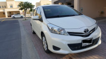 2014 Yaris SE. Service Contract and Warranty. Single Owner. Like New. Low Mileag
