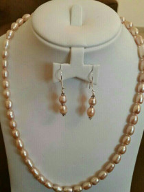 Rare jewels pearl silver necklace + earings.