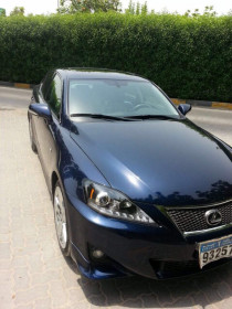 Lexus is250 2011 full option