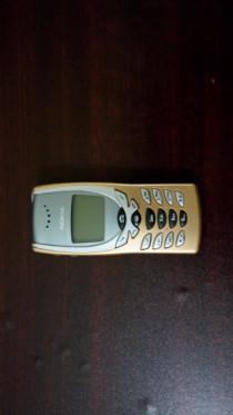 Original Nokia 8250 Vintage mobile in mint condition !!!
