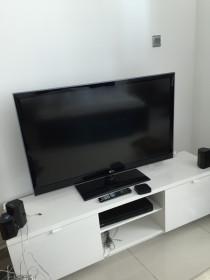 "LG SMART TV 47"""