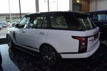 White Range Rover for sale in Abu Dhabi