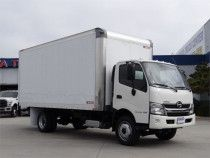 Moving/Refrigerated Truck for Sale