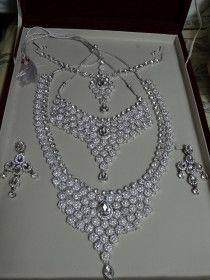 Bridal Jewelry Set (Brand New)