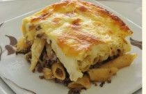 Bechamel Pasta mama style !!