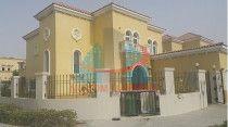 3-bedroom + Maid's room Villa for sale in Jumeirah Park