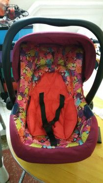 baby car seat as like new pec.