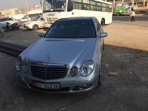 Mercedes Benz E-280, Full Option and Well Maintained