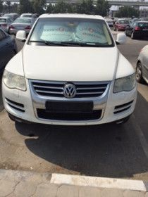 Volkswagen Tourag 2008 neat and clean lady driven with service history 120000Kms