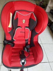 FERRARI RED CAR SEAT