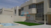 4BR Independent Villa for Rent in Jumeirah 2 w/ garden&pool