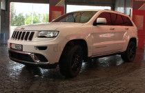 Jeep Grand Cherokee (Summit - 5.7L V8)