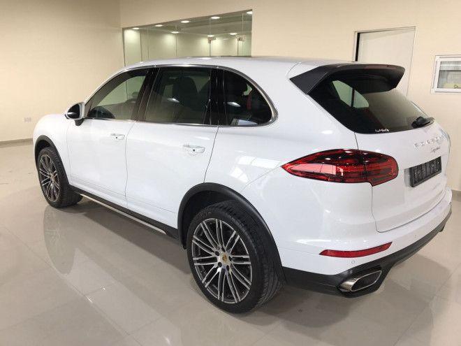 2016 Porsche Cayenne Available for Sale in Abu Dhabi Al Shamkha