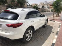 2010 INFINITI FX 35 (FULL OPTIONS) FOR SALE!