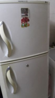 USED HOUSEHOLD ITEM FOR SALE - ROLLA SHARJAH