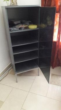 Glass door Media rack in pristine condition
