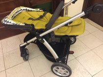A lovely mamas&papas stroller with two carriers
