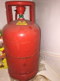 Dubai small gas cylinder with regulator