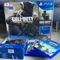 Sony Playstation 4 1TB, 2 Controllers with 4Games