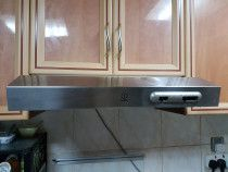AED 300 for Indesit cooker hood