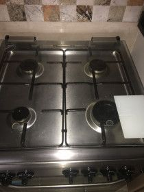 Great Gas Stove in immaculate condition
