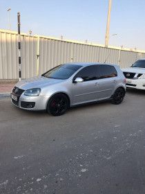 Volkswagen Golf GTI turbo 2.0 for Sale in Abu Dhabi