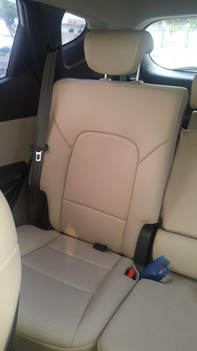 2014 Hyundai Santa Fe for Sale in Abu Dhabi next to Wahda Mall