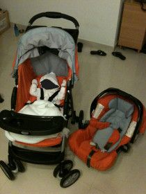 Baby Stroller & Car Seat in Very Good Condition for Sale.