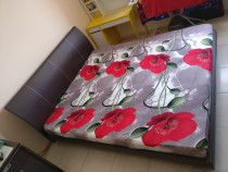 Bedroom Set in Good Condition for Sale.