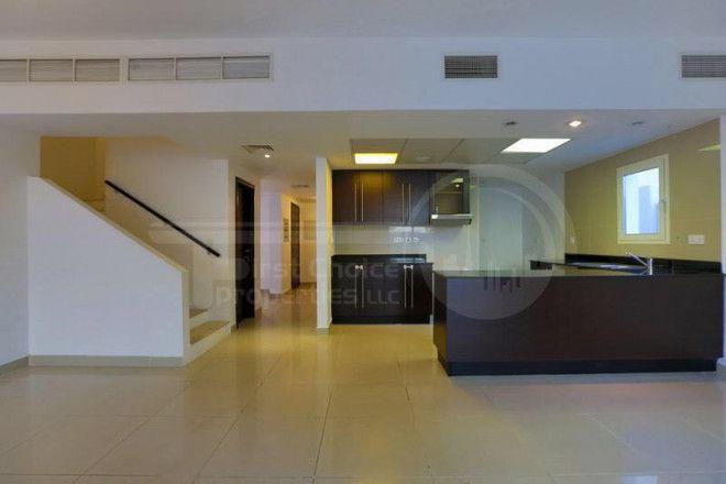 4 Bedroom Villa for Sale in Al Reef Abu Dhabi