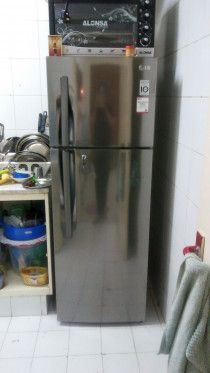 1bhk all household items for sale in June