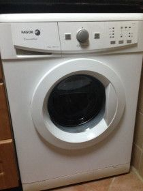 Washing Machine in a nice condition used only for 2.5 yrs