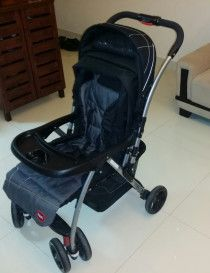 Baby Stroller - Black for urgent Sale - AED 300 Very light use