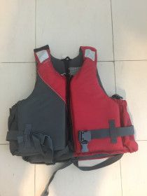 2 life jackets triboard bought from decathlon 1>80 kg and 1<60 kg