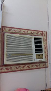 SUPEE GENERAL 1.5 TONS WINDOW A.C IN PERFECT WORKING CONDITION