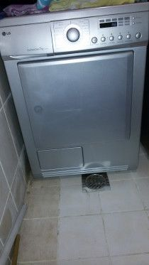 LG 7kg Silver Condenser Dryer with Filter
