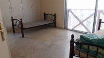 غرفة نوم كبيرة للايجار في شارع السلام - الكترا ابوظبي للأزواج / الافراد
