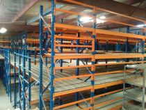 Racks / Shelves for Warehouse in very good condition for sale in Dubai